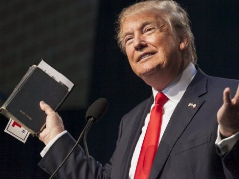 donald-trump-bible